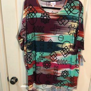 LuLaRoe Irma Shirt size L NWT